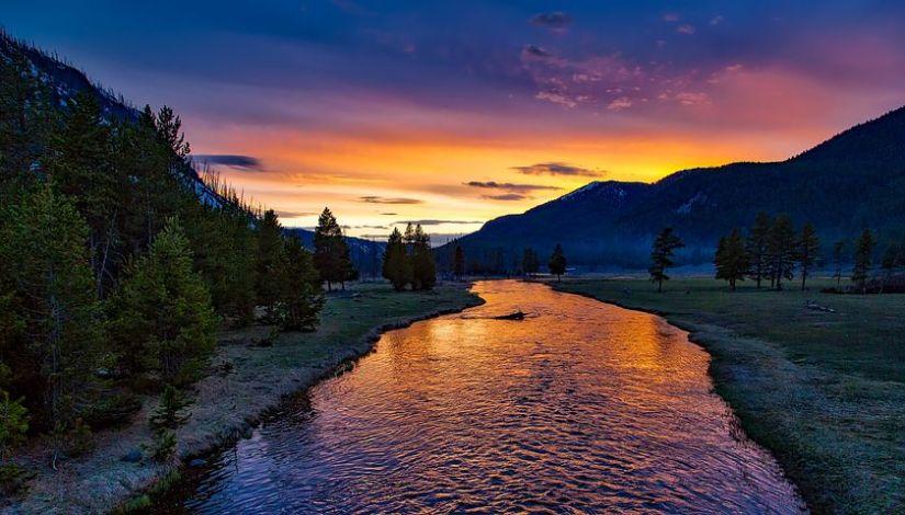 yellowstone-national-park-1589616__480